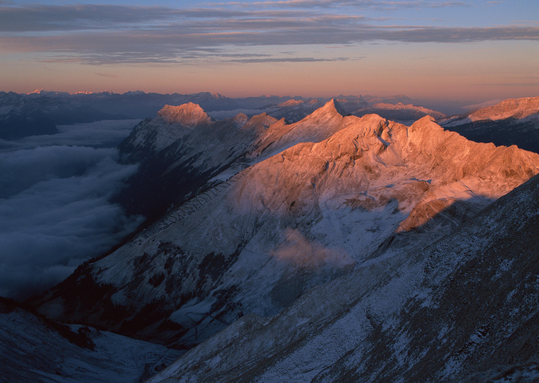 hawks double mountain ra - HD2950×2094