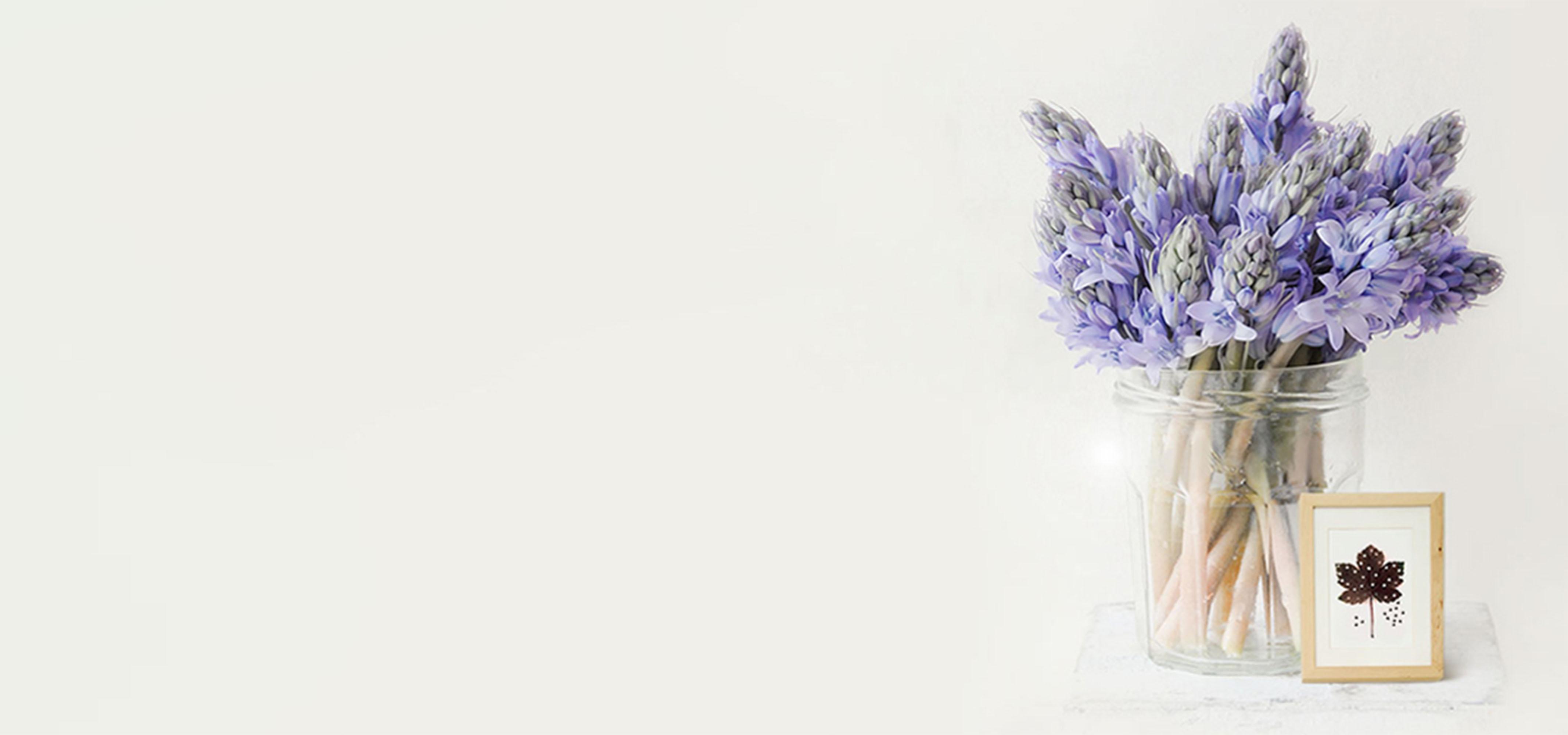 Lavendel Strauß vase IST warm im hintergrund Einfache Lavendel ...