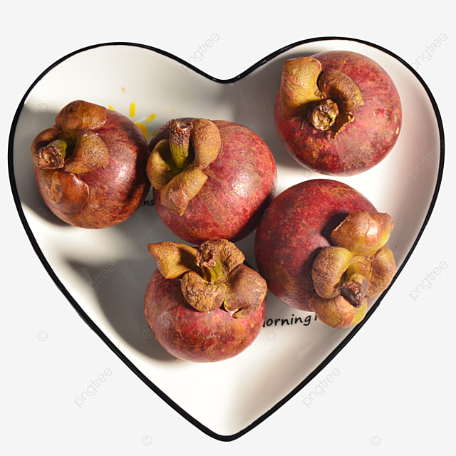 mangosteen in a love plate