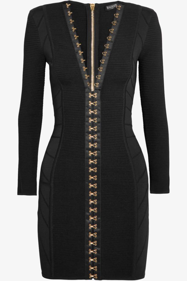 Vestido negro con chaqueta negra