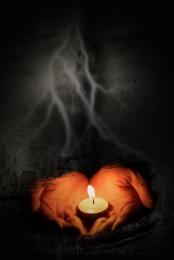 미니멀리즘 촛불 기도 자연 재해 , 길잃은, 검은, 블랙 그라데이션 배경 이미지