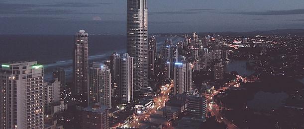 शहर की रात बैनर, शहर, रात, रोशनी पृष्ठभूमि छवि