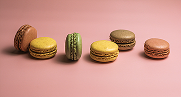 delicious french dessert macarons