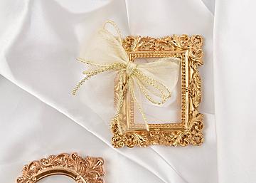 golden frame bow on white