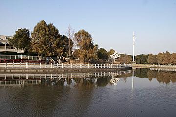 river reflection in zhongxinjing park