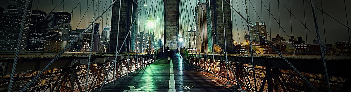 Puente colgante estructura del puente ciudad Fondo River Agua Urban ...
